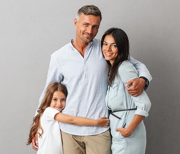 Clinica Qvision Contacto familia madre padre hija